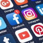 How social media leads to a loss of creativity