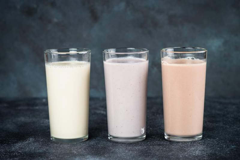 protein-cocktails-in-glasses-sport-nutrition